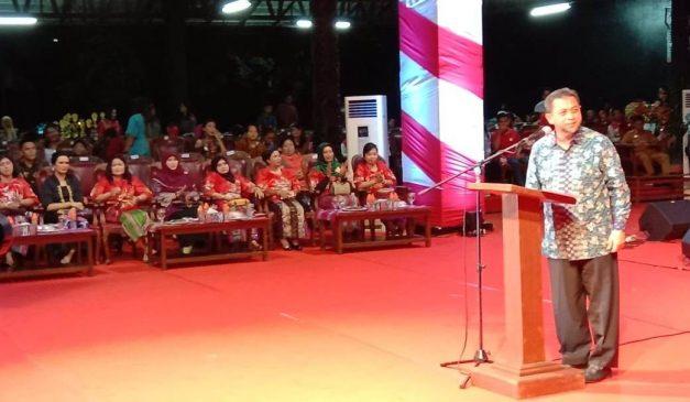 Wakil gubernur kaltim hadi mulyadi saat memberikan sambutan